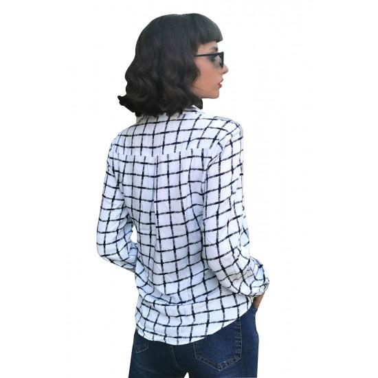 Camasa donna alba cu imprimeu patratele bleumarin
