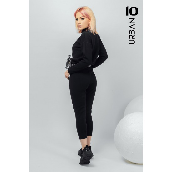 Trening fete negru din tricot cu pantaloni treisfert