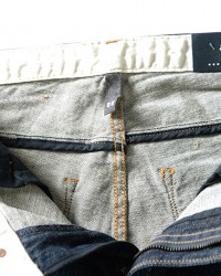 Pantaloni-Blugi